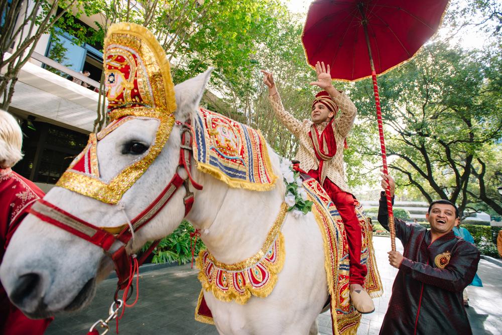 Leanne-krishna-indian-wedding-at-st-regis-houston-photographers-khanhnguyenphotography.com-010