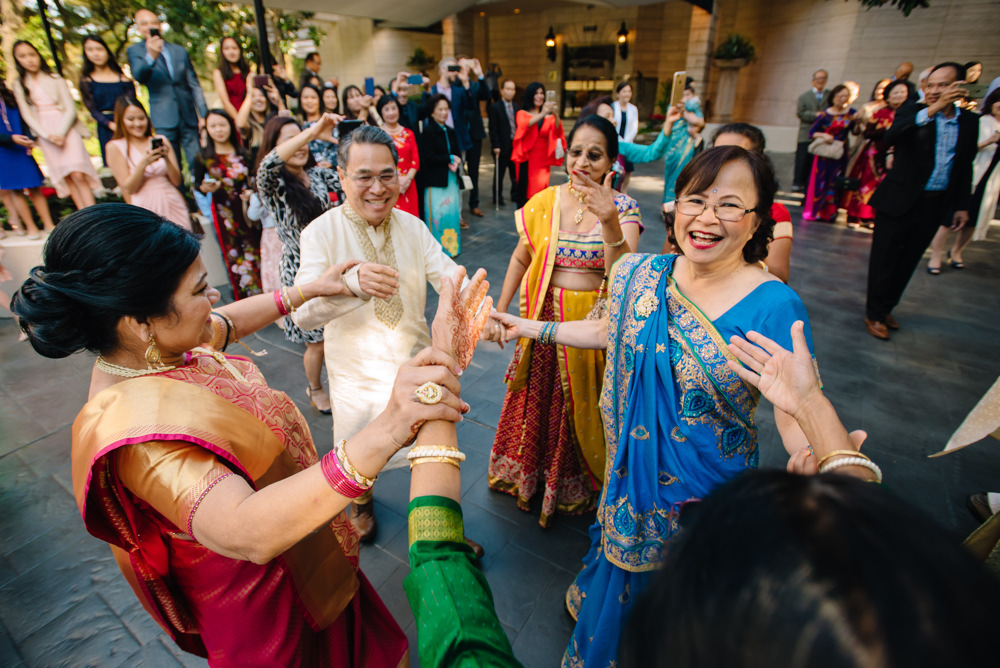 Leanne-krishna-indian-wedding-at-st-regis-houston-photographers-khanhnguyenphotography.com-011