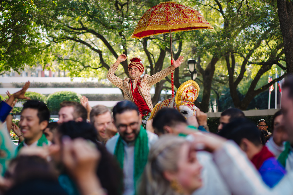 Leanne-krishna-indian-wedding-at-st-regis-houston-photographers-khanhnguyenphotography.com-012