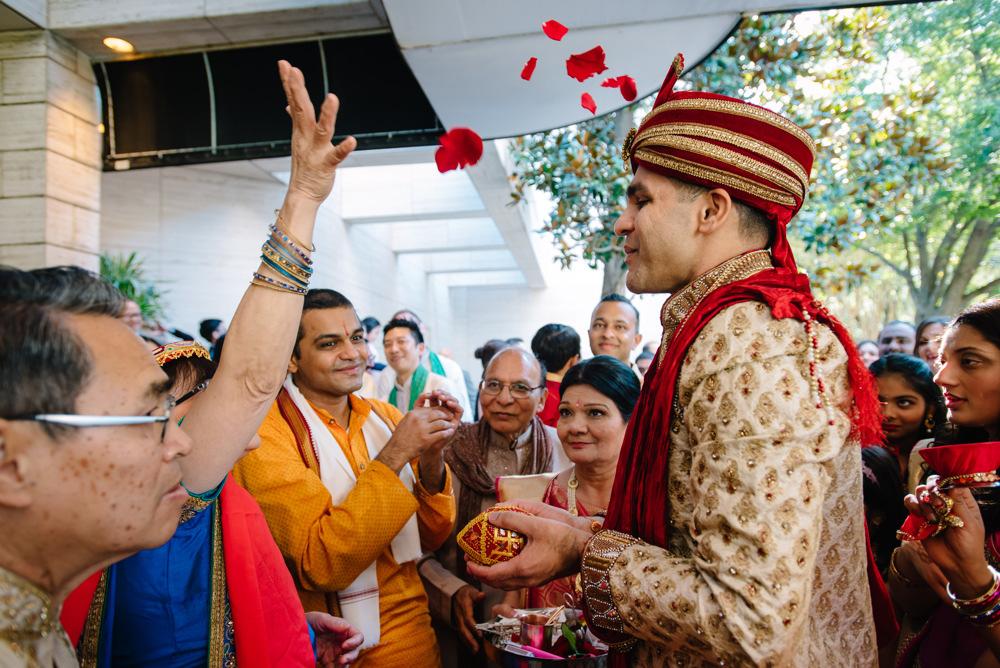 Leanne-krishna-indian-wedding-at-st-regis-houston-photographers-khanhnguyenphotography.com-016