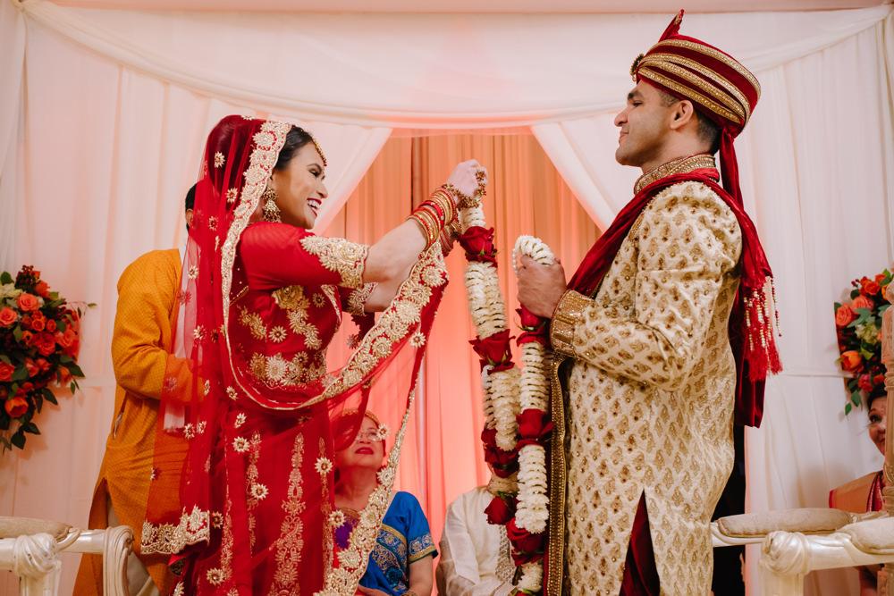 Leanne-krishna-indian-wedding-at-st-regis-houston-photographers-khanhnguyenphotography.com-019