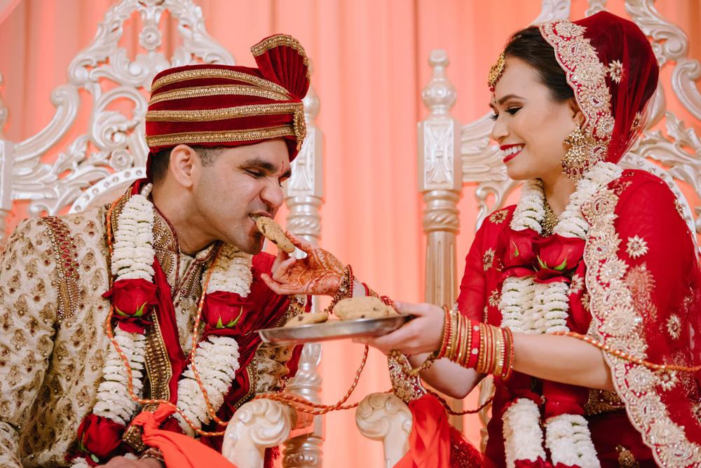 Leanne-krishna-indian-wedding-at-st-regis-houston-photographers-khanhnguyenphotography.com-021