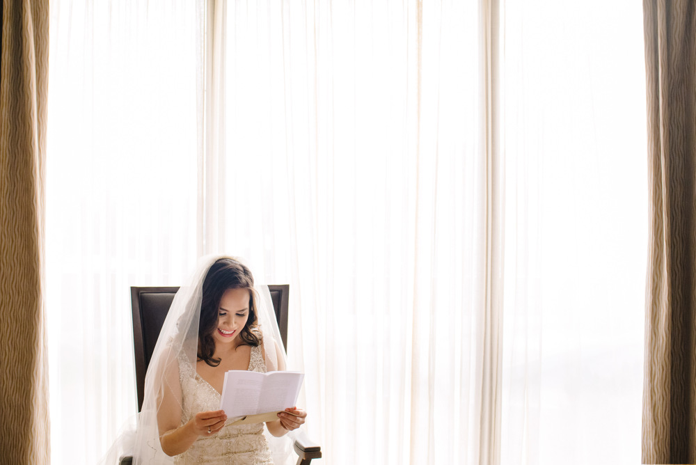Leanne-krishna-indian-wedding-at-st-regis-houston-photographers-khanhnguyenphotography.com-031