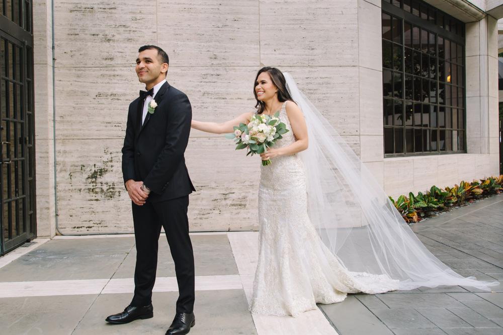 Leanne-krishna-indian-wedding-at-st-regis-houston-photographers-khanhnguyenphotography.com-033